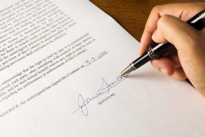Заменяем ли трудовой договор гражданско-правовым
