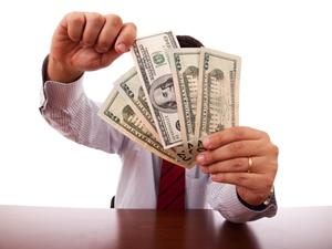 За хищения денежных средств в особых крупных размерах какая статья