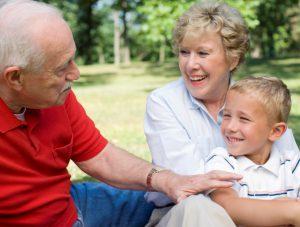 Могут ли стать опекунами бабушка или дедушка