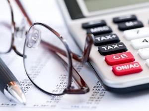 Может ли пенсионер получить налоговый вычет при покупке квартиры