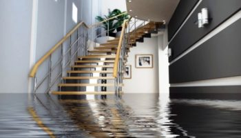 Оценка ущерба квартиры после залива