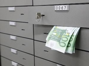 Сколько стоит аренда банковской ячейки в Сбербанке