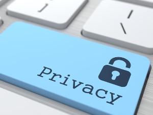 Нарушение неприкосновенности частной жизни