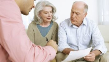 Сколько платят за опекунство над пожилым человеком